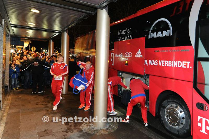 Ulrich Petzold Fotoerlebnisse Ankunft Fc Bayern Munchen Am Hotel Arosa